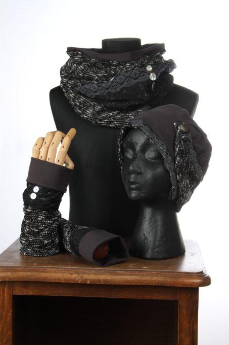 accesoires d'hiver Bonnet mitaines écharpes laine coton polaire boutons et dentelle chaud coloré agréable uniques ens noir et blanc embles 3pièces snood col