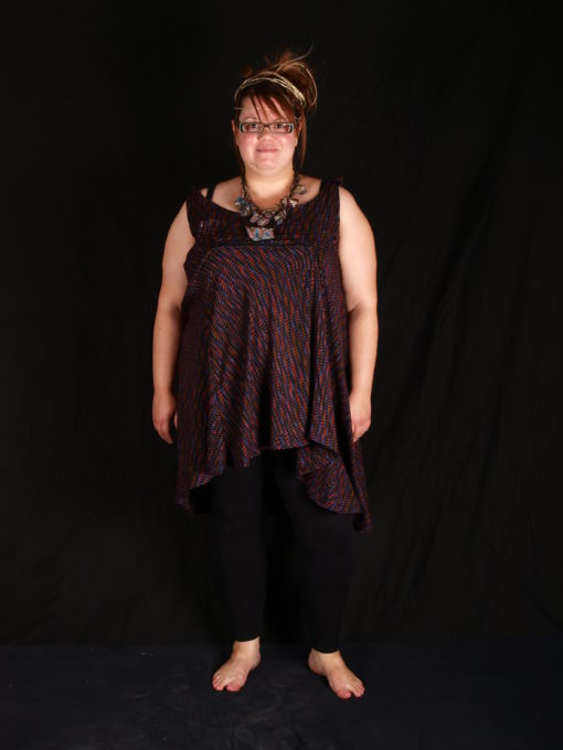 tunique avec zip fermeture éclaire noir et violet a porter avec leging