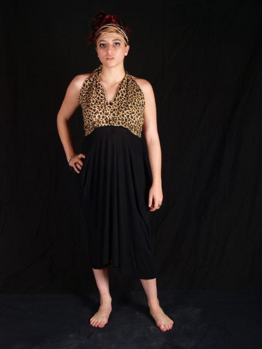 Robe dos nu noir et imprimé léopard