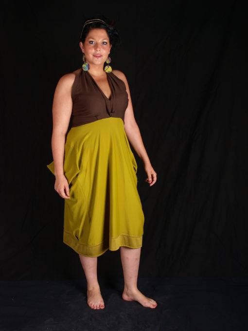 robe maron et vert dos nu